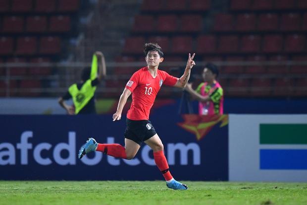 U23 Hàn Quốc vào bán kết U23 châu Á 2020 đầy kịch tính bằng siêu phẩm ở phút cuối cùng - Ảnh 2.