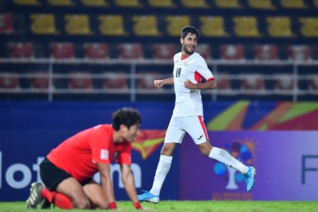U23 Hàn Quốc vào bán kết U23 châu Á 2020 đầy kịch tính bằng siêu phẩm ở phút cuối cùng - Ảnh 7.