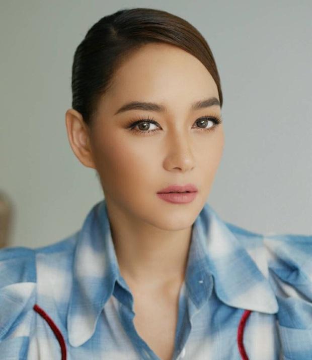Top sao nữ đa tài nhất showbiz Thái: 1 chị đại lọt top nhưng đủ sức đè bẹp Baifern, Yaya và dàn mỹ nhân 9X siêu hot - Ảnh 2.