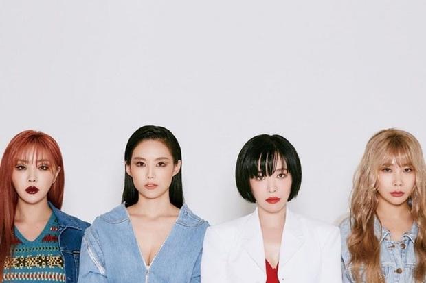 Kpop tháng 1 có gì: Nghệ sĩ bị SM chèn ép cả thập kỉ và nữ ca sĩ kết hợp với thành viên BTS cùng trở lại, ai chiếm lợi thế hơn? - Ảnh 1.