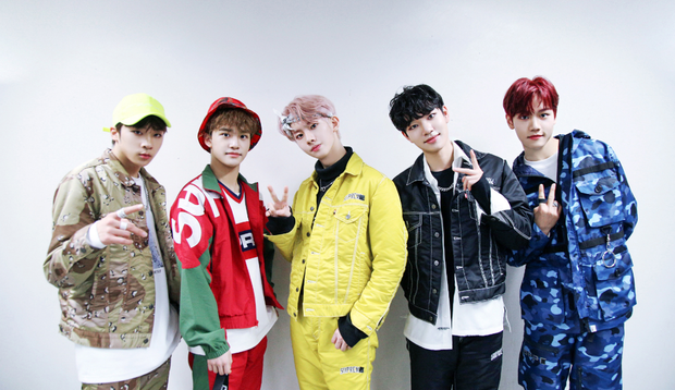 Kpop tháng 1 có gì: Nghệ sĩ bị SM chèn ép cả thập kỉ và nữ ca sĩ kết hợp với thành viên BTS cùng trở lại, ai chiếm lợi thế hơn? - Ảnh 2.