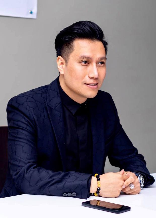 Dàn mỹ nam VTV hiếm hoi hội ngộ chung khung hình: Ai cũng điển trai nhưng nhan sắc hậu thẩm mỹ của Việt Anh mới đáng chú ý - Ảnh 3.