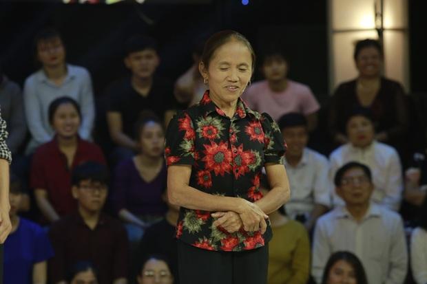 Gala Thách thức danh hài: Bà Tân Vlog chỉ vượt qua 2 vòng, dành tiền thưởng đi làm từ thiện - Ảnh 2.