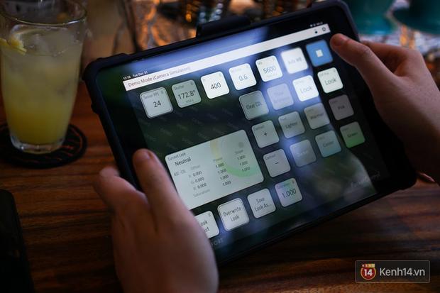Bật mí hậu trường Mắt Biếc (kỳ 2): Chỉ tin tưởng đồ Apple, dùng iPhone/iPad điều khiển mọi thứ từ xa - Ảnh 6.