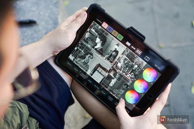 Bật mí hậu trường Mắt Biếc (kỳ 2): Chỉ tin tưởng đồ Apple, dùng iPhone/iPad điều khiển mọi thứ từ xa - Ảnh 3.