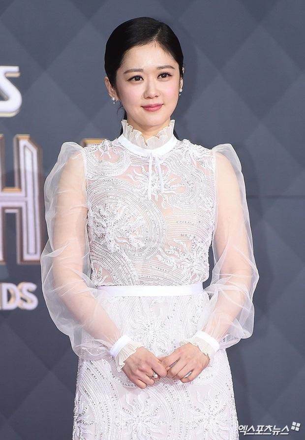 Jang Nara quay lại đỉnh cao sự nghiệp: Nhan sắc cùng phong cách thời trang cũng ngày một xuất sắc hơn - Ảnh 2.