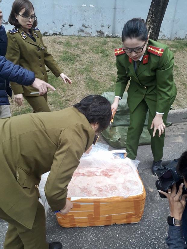 Nguồn thực phẩm cấp đông vào siêu thị ở Hà Nội có an toàn? - Ảnh 2.