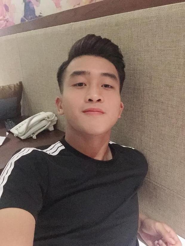Hotboy U23 Việt Nam cũng không tránh được lời nguyền mang tên dọn nhà ngày Tết - Ảnh 2.