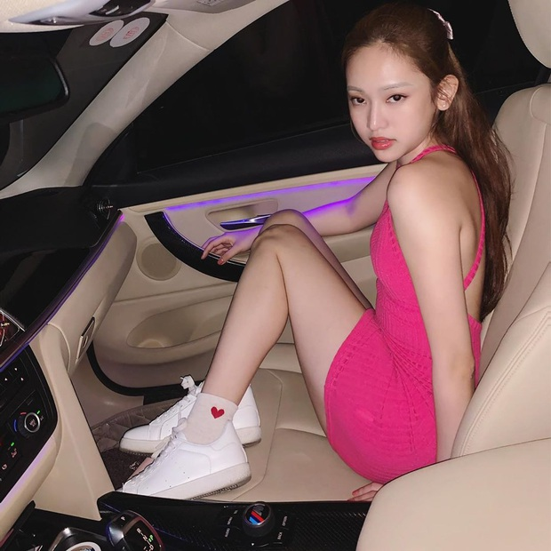 Dạo này Thuý Vi đổi style y chang Jennie (Black Pink): Vóc dáng thì oke rồi nhưng thần thái cứ có gì đó sai sai ấy nhỉ? - Ảnh 5.