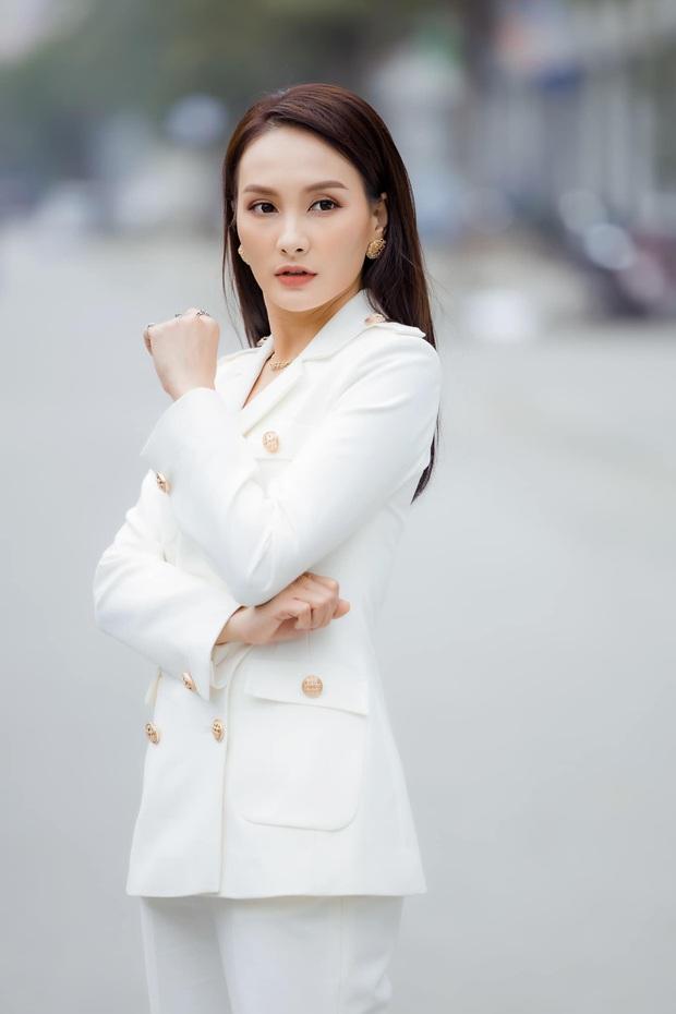 Nhan sắc dàn mỹ nhân Vbiz chạm ngưỡng tuổi 30 năm 2020: Mẹ 1 con Nhã Phương ngày càng đẹp, Khởi My hack tuổi thần sầu - Ảnh 9.
