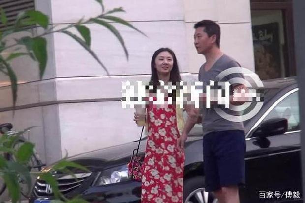 Bao năm giấu kín đời tư, ở tuổi 50 Nhĩ Khang Châu Kiệt mới lộ ảnh vợ con trước ống kính paparazzi? - Ảnh 8.