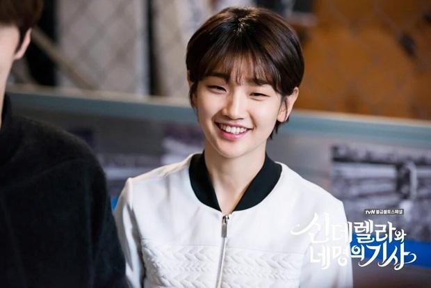 5 cặp đôi Hàn hứa hẹn gây sốt màn ảnh 2020, mong chờ nhất là lần yêu đầu của Lee Min Ho và nàng thơ Golbin - Ảnh 13.