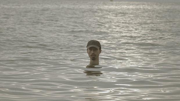 Đen Vâu làm MV hay đi... thám hiểm: hết dầm mình trong nước biển đến lên rừng, lội suối, băng đèo đều cân tất! - Ảnh 8.