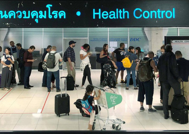 Trung Quốc: Ca nhiễm viêm phổi tăng chóng mặt - Ảnh 1.