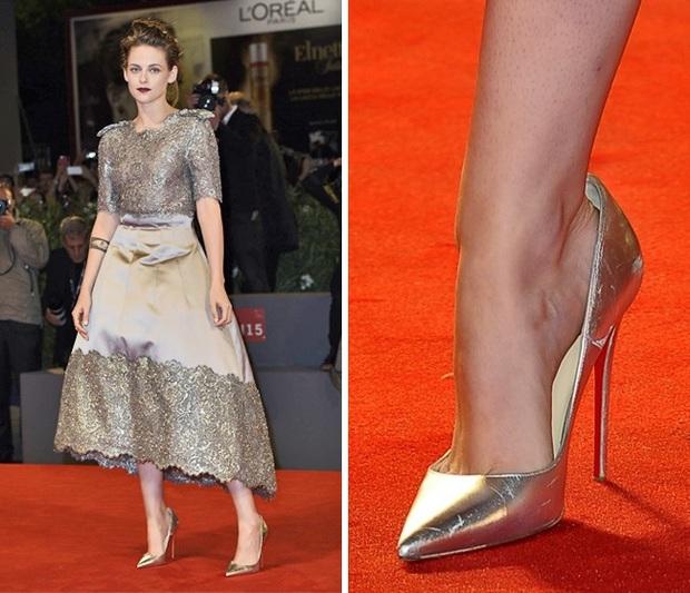 Các mỹ nhân trời Tây và lỗi diện giày cao gót rộng ngoác: Không phải lớ ngớ vớ nhầm size mà là một chiêu bài tuyệt hay - Ảnh 1.