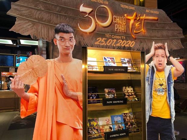 Sư thầy Mạc Văn Khoa bất ngờ mọc tóc trong 30 Chưa Phải Tết, đến cả Trường Giang cũng phải hú hồn - Ảnh 4.