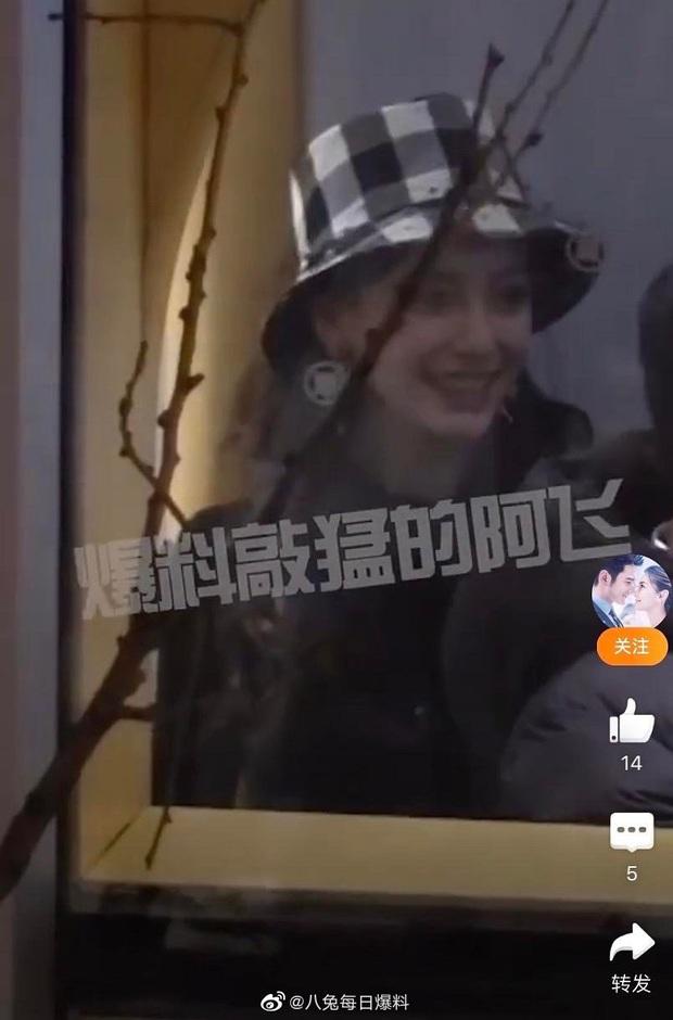 Clip hot khiến Cnet nức nở: Huỳnh Hiểu Minh cùng Angela Baby mở siêu party sinh nhật con, Đặng Siêu bất ngờ xuất hiện - Ảnh 2.