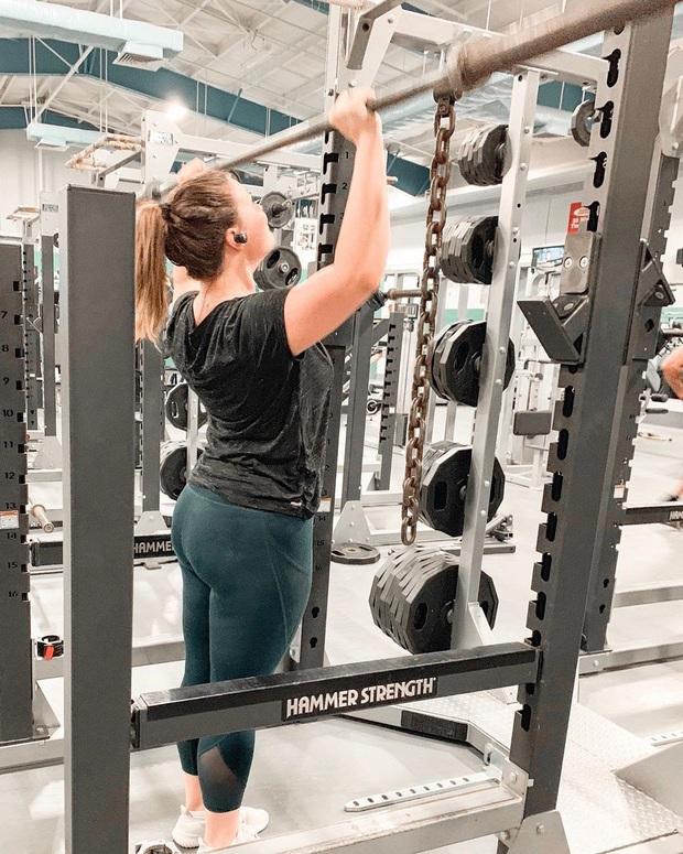 Thán phục trước hành trình lội ngược dòng giảm cân ngoạn mục của nàng béo Mỹ 121kg với sức ăn bằng 4 người cộng lại - Ảnh 6.