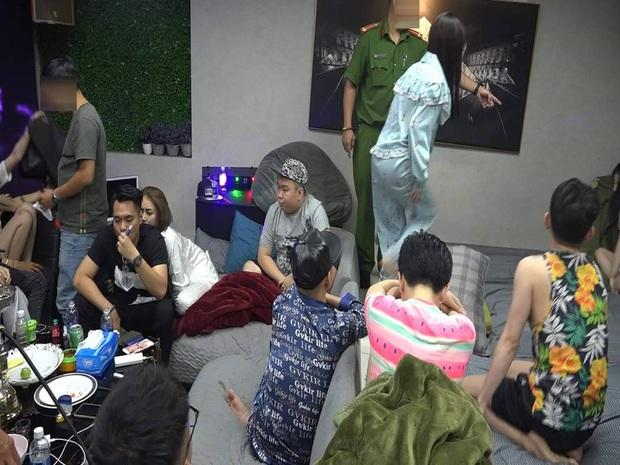 Hàng chục dân chơi thác loạn ma tuý tập thể trong căn phòng ở toà nhà cao tầng trung tâm Sài Gòn - Ảnh 1.