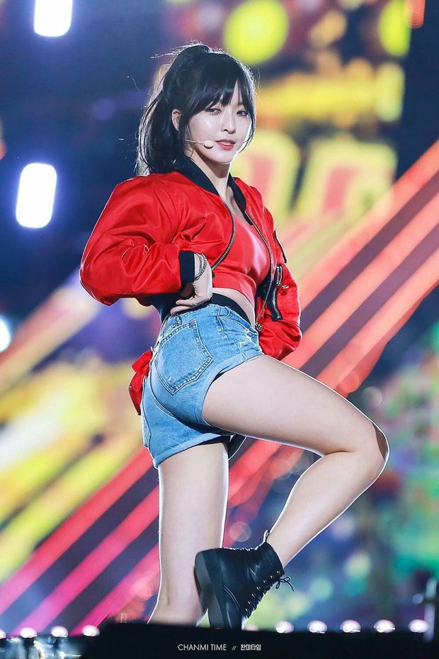 """Thần thái sân khấu của dàn nữ idol 96-line: Jennie (BLACKPINK) quyến rũ như nữ thần, thành viên TWICE và Red Velvet sexy hay cute đều """"cân"""" trọn - Ảnh 21."""