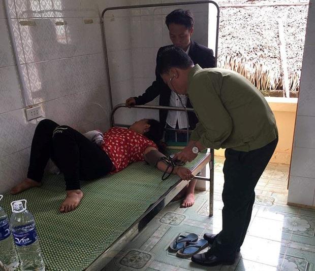 Cứu sống 1 phụ nữ ăn lá ngón tự tử ngày cận Tết - Ảnh 1.