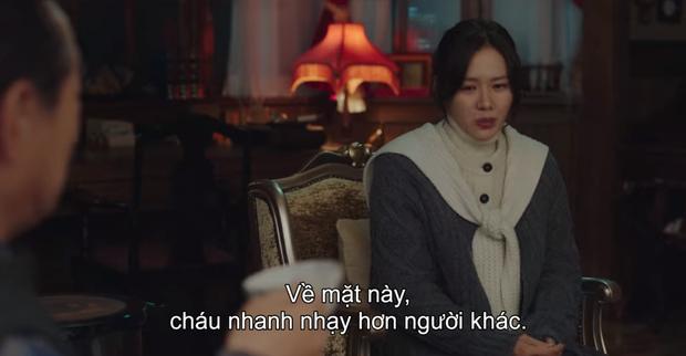 Hyun Bin - Son Ye Jin mụ mị đầu óc vì yêu ở Crash Landing On You: Nàng nhận nhầm bố chồng, chàng quên địa chỉ nhà crush - Ảnh 3.