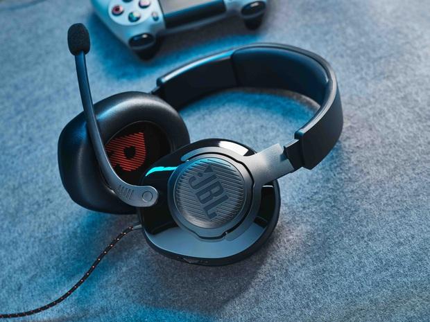 CES 2020: JBL trình làng 2 dòng tai nghe mới cho người dùng phổ thông và cả game thủ - Ảnh 2.