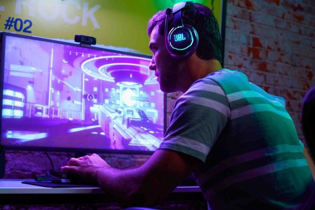 CES 2020: JBL trình làng 2 dòng tai nghe mới cho người dùng phổ thông và cả game thủ - Ảnh 6.