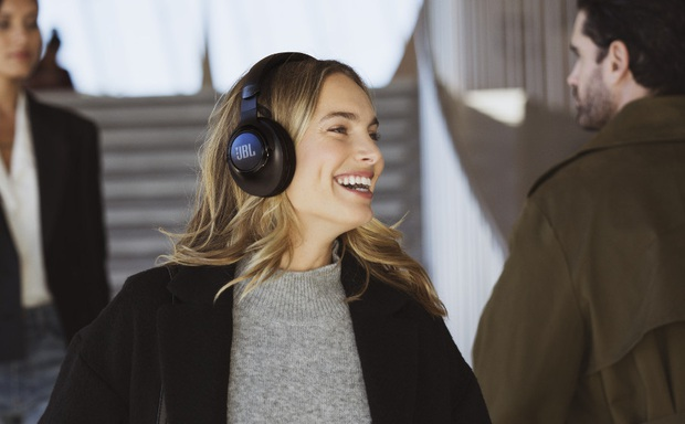 CES 2020: JBL trình làng 2 dòng tai nghe mới cho người dùng phổ thông và cả game thủ - Ảnh 11.
