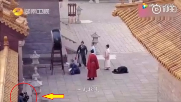 Loạt sạn ngớ ngẩn của 5 bom tấn truyền hình Hoa Ngữ: Một diễn viên phải đóng thế đến tận 3 vai ở Trần Tình Lệnh - Ảnh 2.