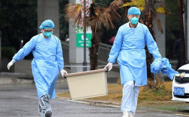 Trung Quốc xác nhận virus lạ lây từ người sang người - Ảnh 1.