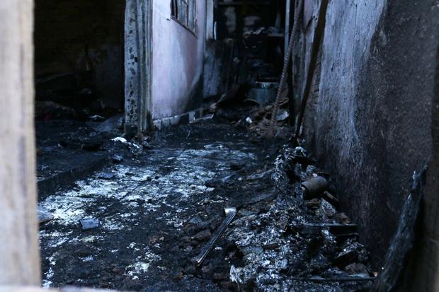Vụ 5 mẹ con chết cháy ở Sài Gòn sáng 27 Tết: Gia đình nạn nhân từng bị dọa đốt nhà - Ảnh 1.