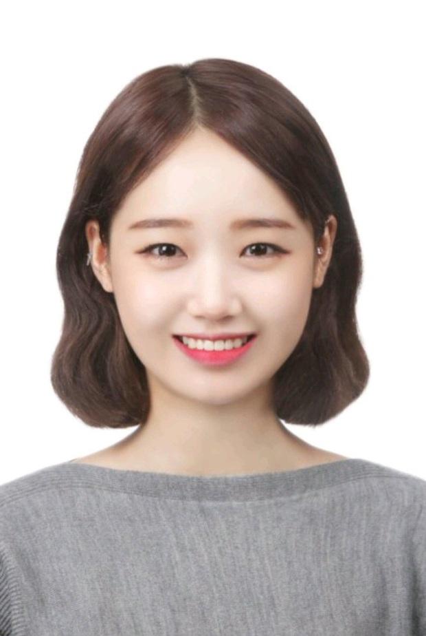 Son hồng, cam tươi vẫn luôn bị hắt hủi là sến nhưng nhìn ảnh thẻ của idol Hàn bạn sẽ hiểu chúng có công lớn thế nào - Ảnh 4.