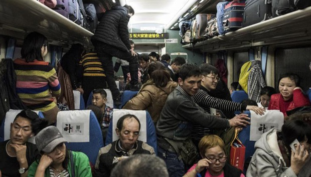 Virus corona mới bùng phát ở Trung Quốc trong thời điểm tồi tệ nhất - Ảnh 1.