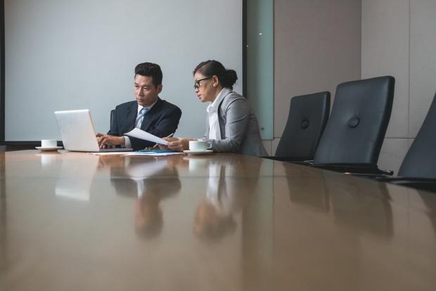 Làm trợ lý Giám đốc với mức lương… 3 triệu, nàng công sở lãnh cái kết bất ngờ ngay tháng đầu tiên - Ảnh 5.