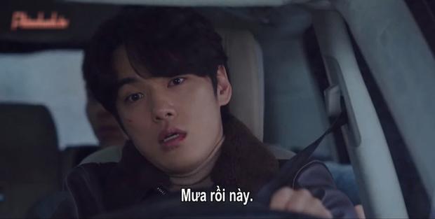 Nam phụ số nhọ nhất Crash Landing On You gọi tên Seung Jun: Ngậm ngùi nhìn vợ sắp cưới rải thính cho Hyun Bin - Ảnh 7.