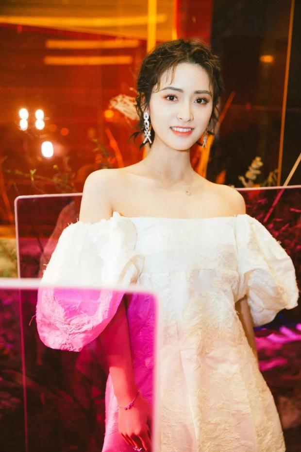 15 cách tạo kiểu cho tóc ngắn mà Ngọc Trinh, Thẩm Nguyệt, Dương Tử đều đã áp dụng và thành công mỹ mãn - Ảnh 9.
