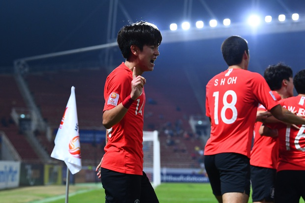 U23 Australia 0-2 U23 Hàn Quốc: Siêu dự bị tỏa sáng, dàn hot boy xứ sở kim chi dễ dàng giành vé vào chung kết - Ảnh 2.