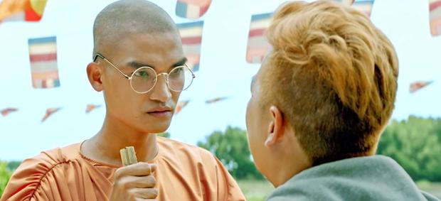 Sự nghiệp diễn xuất hoành tráng của dàn sao Tết 2020: Trường Giang và Lan Ngọc cân team với doanh thu trăm tỉ - Ảnh 6.