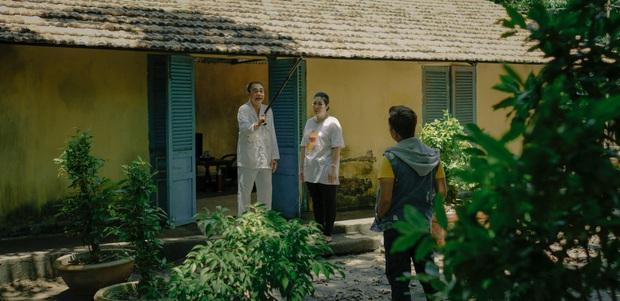 Review cực nóng 30 Chưa Phải Tết: Trường Giang không diễn hài trong phim Tết, liều lĩnh cùng đạo diễn Quang Huy chơi lớn với đề tài vòng lặp thời gian - Ảnh 10.