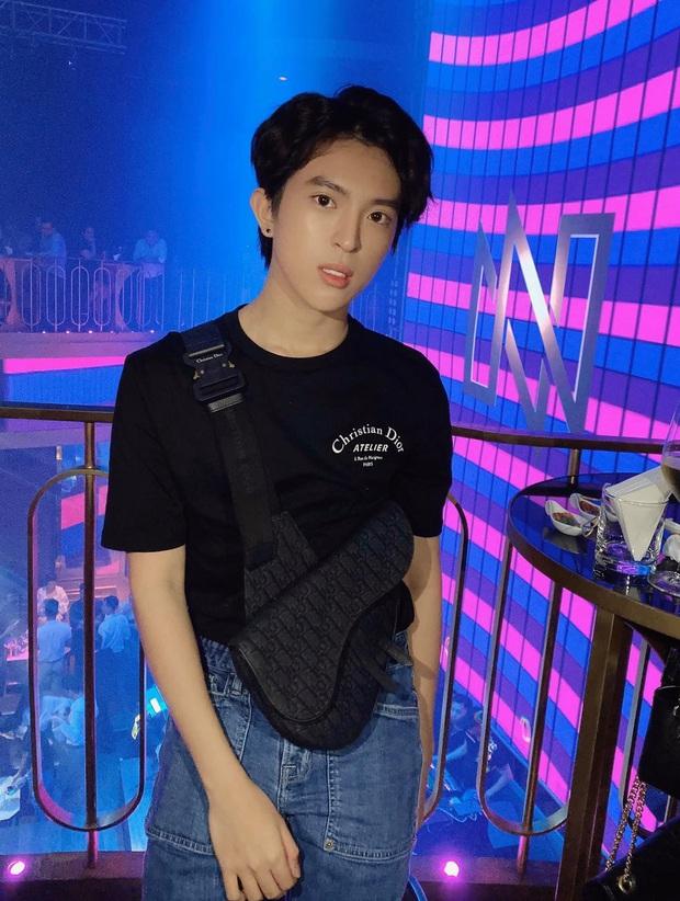 """Cuộc sống như mơ của con trai Hoa hậu Thu Hoài: Du lịch """"chanh sả"""" check-in từ Mỹ sang Hàn, hội bạn toàn người nổi tiếng - Ảnh 5."""