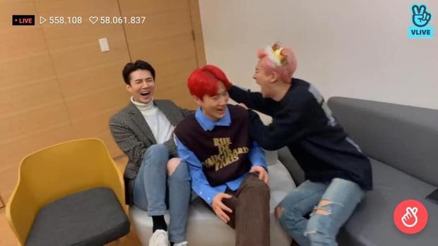 Đẹp trai lồng lộn nhưng mỗi lần đi show là Sehun (EXO) lại tặng fan cả rổ meme! - Ảnh 9.