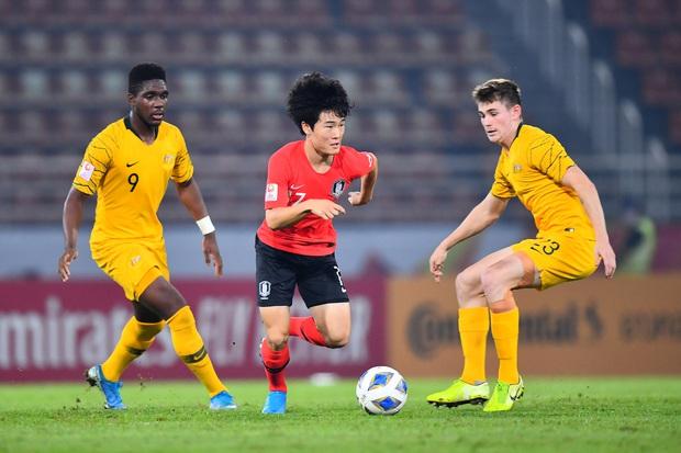 U23 Australia 0-2 U23 Hàn Quốc: Siêu dự bị tỏa sáng, dàn hot boy xứ sở kim chi dễ dàng giành vé vào chung kết - Ảnh 12.