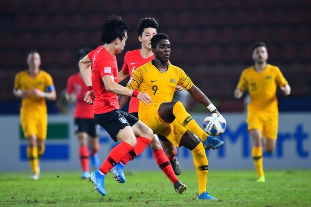 U23 Australia 0-2 U23 Hàn Quốc: Siêu dự bị tỏa sáng, dàn hot boy xứ sở kim chi dễ dàng giành vé vào chung kết - Ảnh 4.
