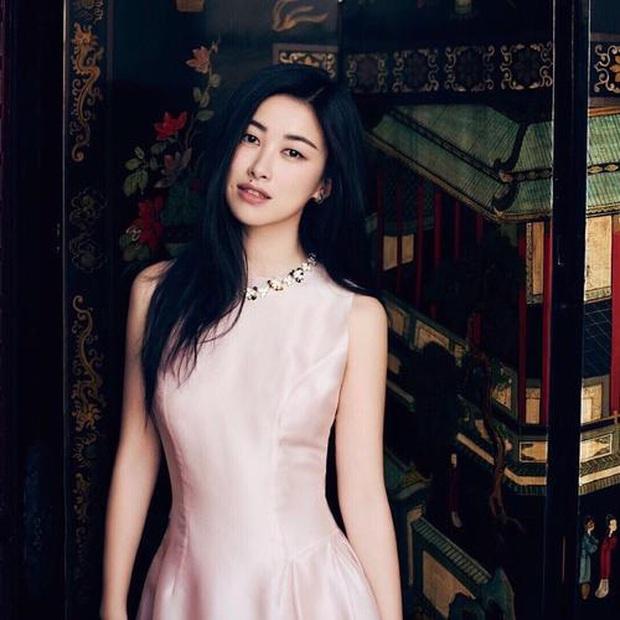Dàn người đẹp tuổi Tý của Cbiz: Hết đệ nhất mỹ nhân Hong Kong lại đến thánh hack tuổi, nhưng tình duyên sao thế này? - Ảnh 33.