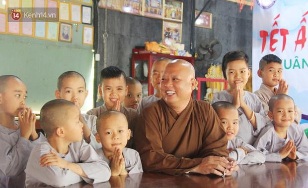Cuộc sống hiện tại của 110 đứa trẻ bị bố mẹ bỏ rơi ở mái ấm Đức Quang sau khi bé Đức Lộc về với cửa Phật - Ảnh 3.
