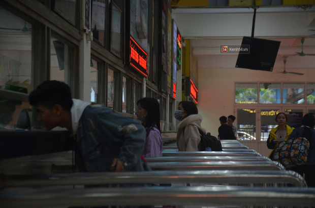 Sài Gòn ùn tắc khắp các ngả đường, Hà Nội vắng vẻ do người dân tranh thủ về quê ăn Tết từ trước - Ảnh 30.