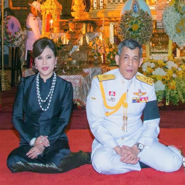 Không chỉ vợ chồng Meghan Markle, đã từng có nhiều thành viên Hoàng gia Châu Á cũng từ bỏ tước hiệu để thành thường dân - Ảnh 2.