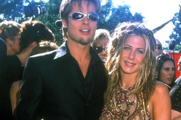Bản đồ quan hệ Brad Pitt - Jennifer Aniston: Cặp đôi cả thế giới ghen tị kết thúc vì lùm xùm ngoại tình, sau 15 năm gặp lại ánh mắt vẫn như xưa - Ảnh 2.
