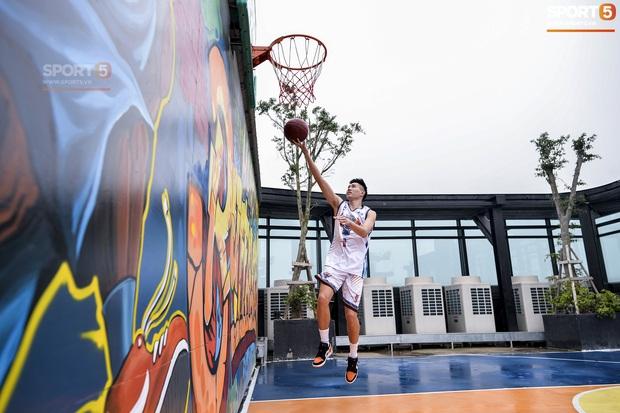 HOT: Hé lộ những hình ảnh về sân bóng rổ trên cao đầu tiên tại Việt Nam - Ảnh 5.